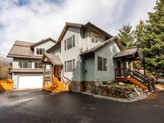 Photo 2: 7201 S FITZSIMMONS Road in Whistler: White Gold House for sale : MLS®# R2606118