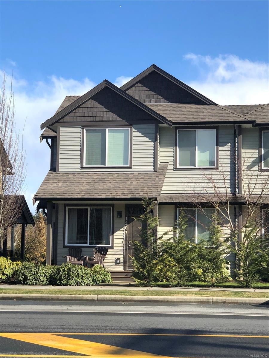 Main Photo: 1003 Cassell Pl in : Na South Nanaimo Row/Townhouse for sale (Nanaimo)  : MLS®# 869012