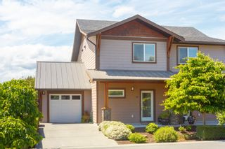 Photo 1: 10 1893 Prosser Rd in : CS Saanichton Row/Townhouse for sale (Central Saanich)  : MLS®# 789357