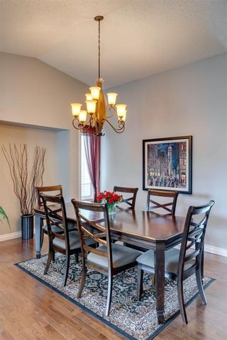 Photo 9: 53 Wood Valley Road SW in Calgary: Woodbine Detached for sale : MLS®# A1111055