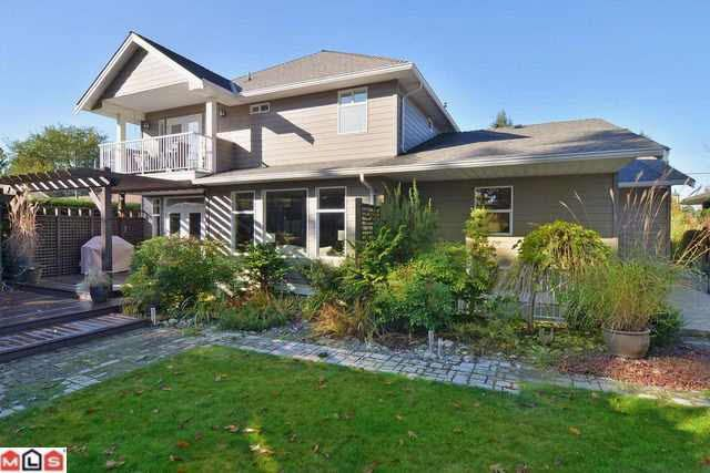 Main Photo: 9002 NASH STREET in : Fort Langley House for sale : MLS®# F1227228