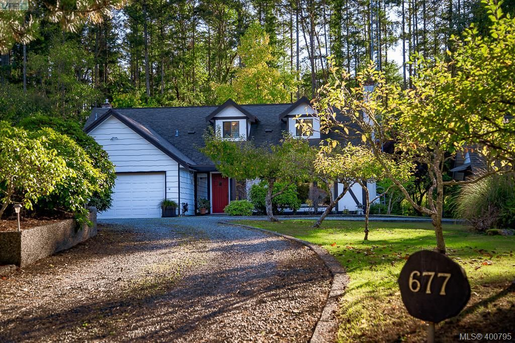 Main Photo: 677 Woodcreek Dr in NORTH SAANICH: NS Deep Cove House for sale (North Saanich)  : MLS®# 799765
