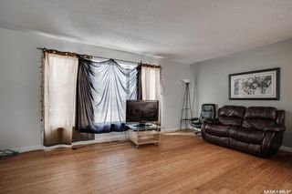 Photo 2: 202 Vancouver Avenue North in Saskatoon: Mount Royal SA Residential for sale : MLS®# SK859253