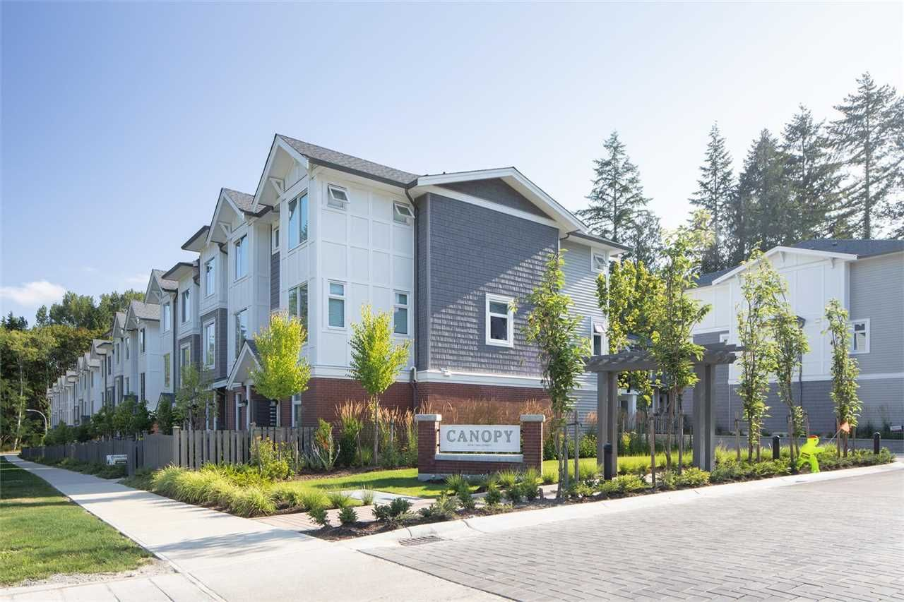 """Main Photo: 41 9718 161A Street in Surrey: Fleetwood Tynehead Townhouse for sale in """"Canopy"""" : MLS®# R2584498"""