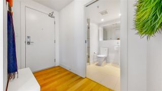 "Photo 3: 1705 565 SMITHE Street in Vancouver: Downtown VW Condo for sale in ""VITA"" (Vancouver West)  : MLS®# R2562463"