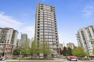 """Photo 1: 303 850 ROYAL Avenue in New Westminster: Downtown NW Condo for sale in """"THE ROYALTON"""" : MLS®# R2592407"""