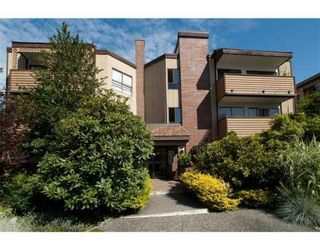 Photo 1: 319-206 East 15th Street in North Vancouver: Central Lonsdale Condo for sale : MLS®# V847510