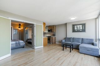 """Photo 9: 2105 9981 WHALLEY Boulevard in Surrey: Whalley Condo for sale in """"PARK PLACE"""" (North Surrey)  : MLS®# R2597250"""