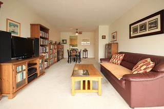 """Photo 1: 903 615 BELMONT Street in New Westminster: Uptown NW Condo for sale in """"BELMONT TOWERS"""" : MLS®# R2152611"""