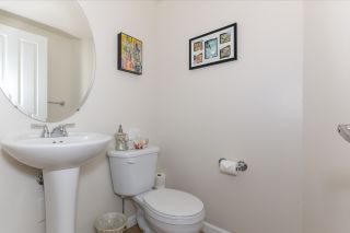 """Photo 12: 51 1010 EWEN Avenue in New Westminster: Queensborough Townhouse for sale in """"WINDSOR MEWS"""" : MLS®# R2017583"""
