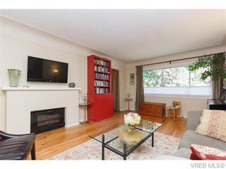 Photo 4: 1609 Chandler Ave in VICTORIA: Vi Fairfield East Half Duplex for sale (Victoria)  : MLS®# 744079