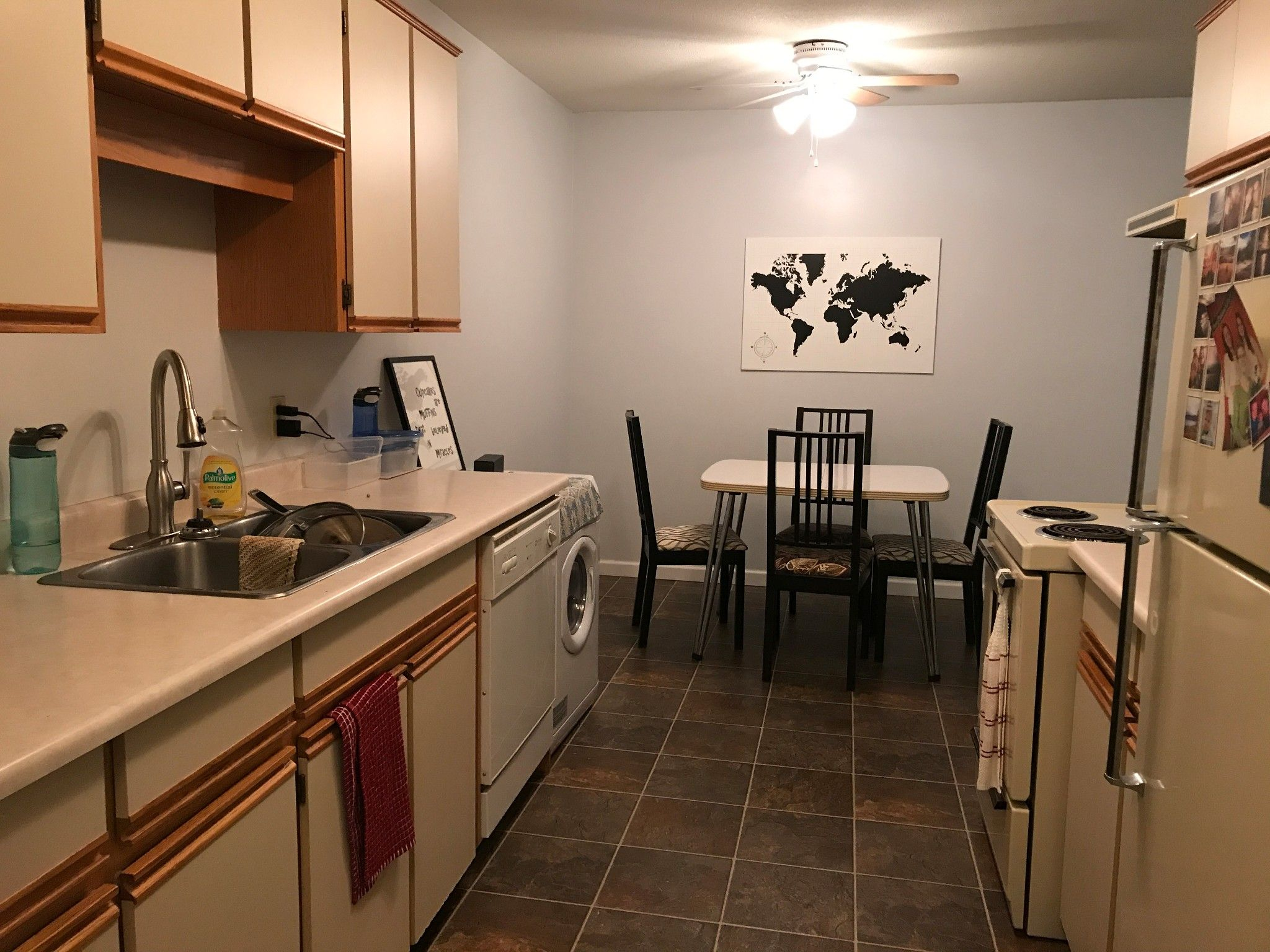 Photo 5: Photos: #302 2567 Victoria St. in Abbotsford: Abbotsford West Condo for rent