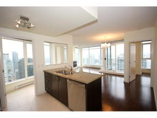 Photo 3: # 2801 1188 W PENDER ST in Vancouver: Coal Harbour Condo for sale ()  : MLS®# V858468