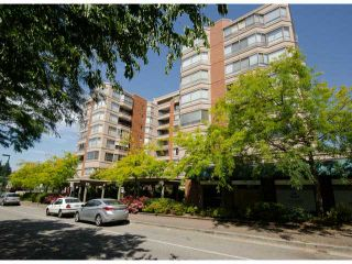 Photo 1: # 411 15111 RUSSELL AV: White Rock Condo for sale (South Surrey White Rock)  : MLS®# F1427876
