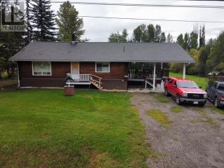 Photo 2: 1782 BALSAM AVENUE in Quesnel: House for sale : MLS®# R2617752
