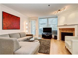 Photo 2: 3015 LAUREL Street in Vancouver: Fairview VW Townhouse for sale (Vancouver West)  : MLS®# V1089768