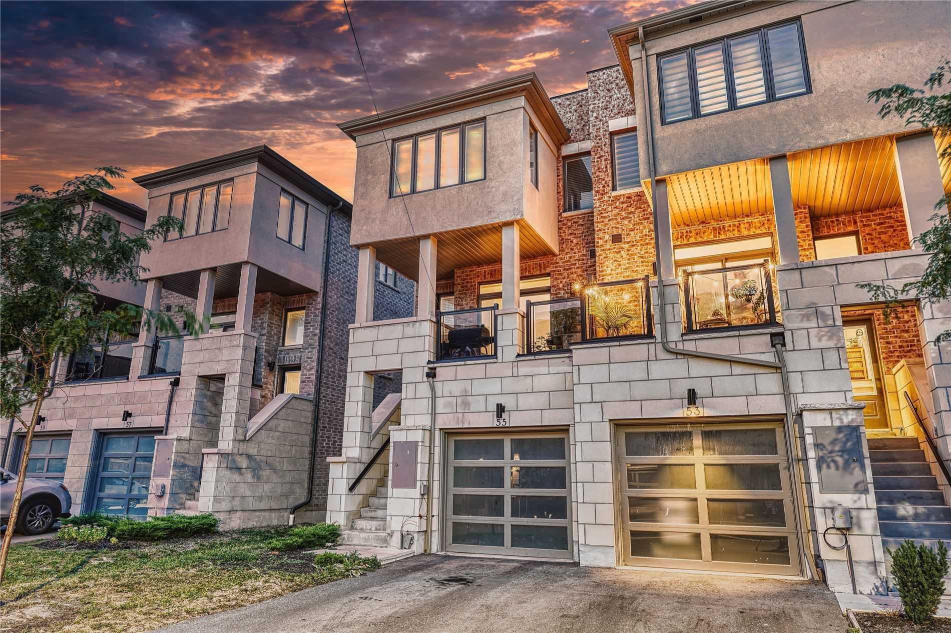 Main Photo: 55 Pallock Hill Way in Whitby: Pringle Creek House (3-Storey) for sale : MLS®# E5359564