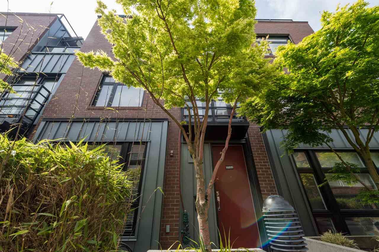 Main Photo: 2777 GUELPH STREET in Vancouver: Mount Pleasant VE Townhouse for sale (Vancouver East)  : MLS®# R2168512