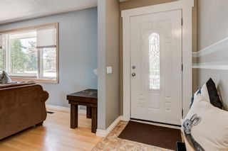 Photo 7: 5424 Ladbrooke Drive SW in Calgary: Lakeview Detached for sale : MLS®# A1103272