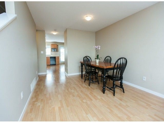 "Photo 3: Photos: 44 12738 66TH Avenue in Surrey: West Newton Townhouse for sale in ""Starwood"" : MLS®# F1323695"