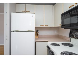 """Photo 14: 705 15111 RUSSELL Avenue: White Rock Condo for sale in """"Pacific Terrace"""" (South Surrey White Rock)  : MLS®# R2620020"""