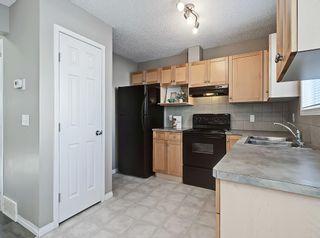 Photo 6: 16 ROYAL BIRCH Villa NW in Calgary: Royal Oak Row/Townhouse for sale : MLS®# C4302365
