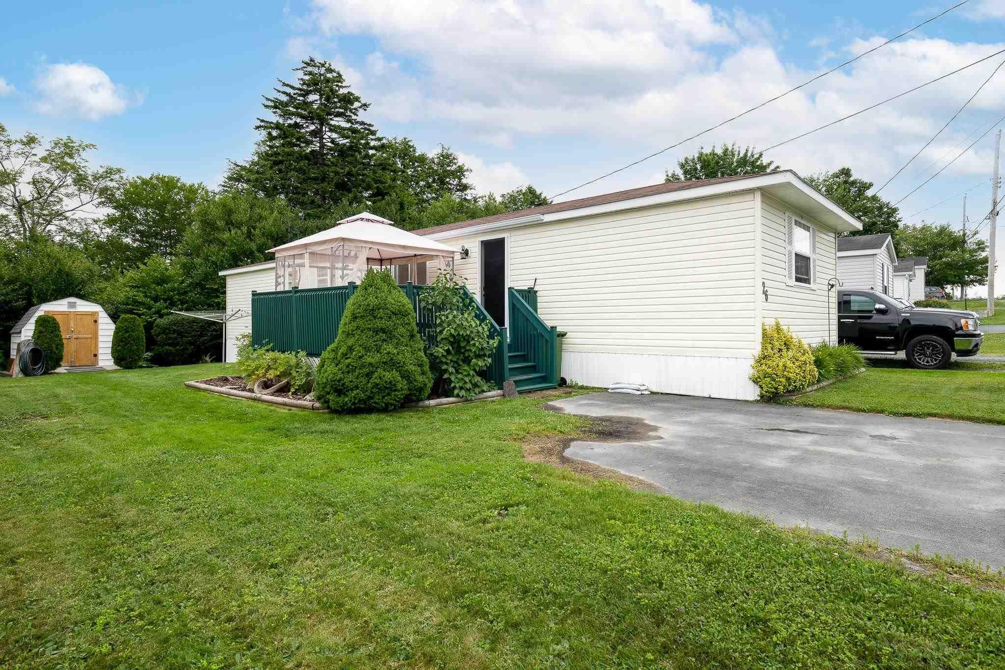 Main Photo: 26 Mountain View Drive in Lake Echo: 31-Lawrencetown, Lake Echo, Porters Lake Residential for sale (Halifax-Dartmouth)  : MLS®# 202118984