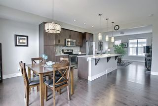 Photo 19: 444 Quarry Way SE in Calgary: Douglasdale/Glen Row/Townhouse for sale : MLS®# A1094767