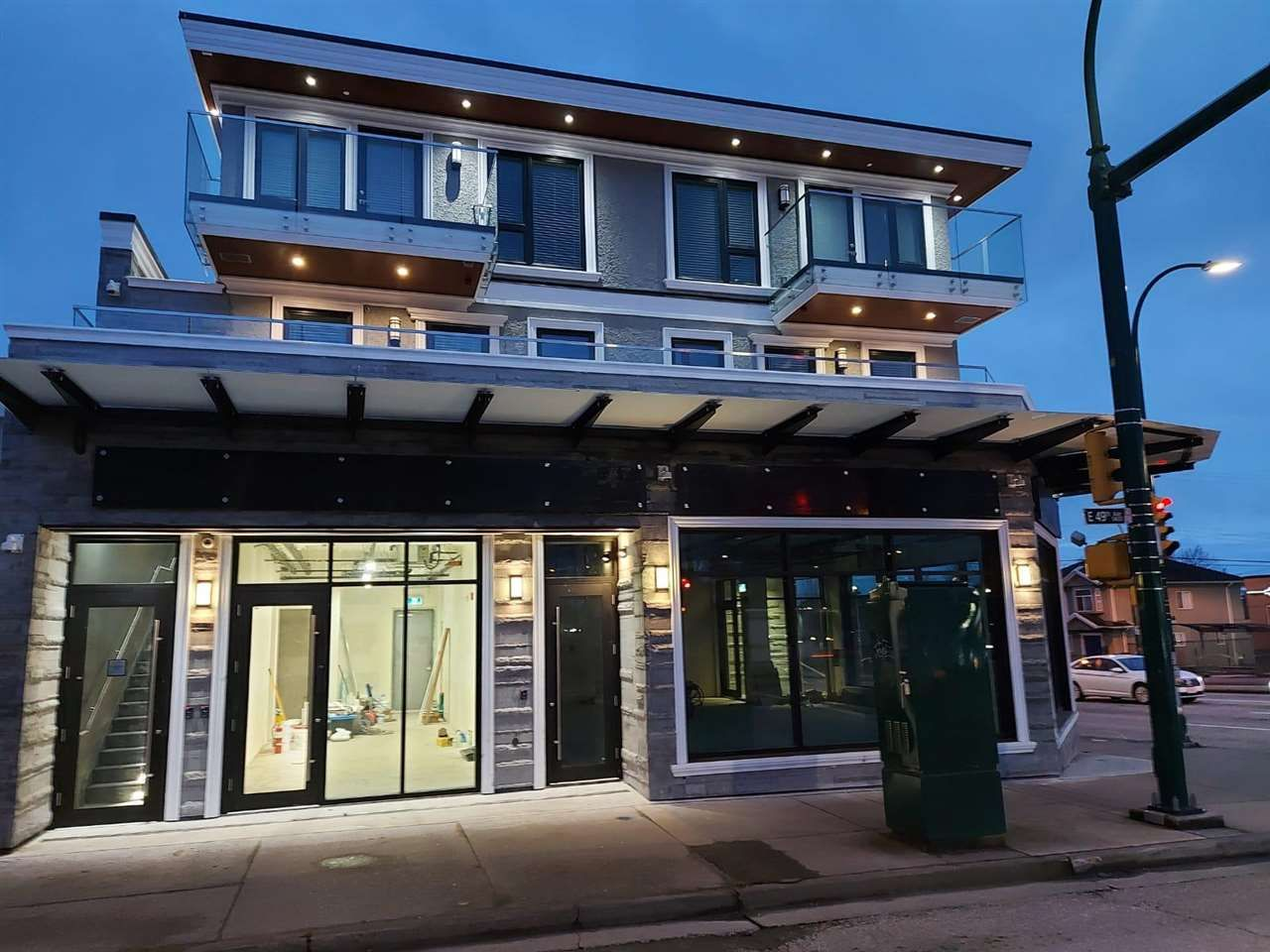 Main Photo: 1410 E 49TH Avenue in Vancouver: Knight Office for lease (Vancouver East)  : MLS®# C8038292