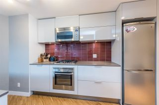 "Photo 7: 907 128 W CORDOVA Street in Vancouver: Downtown VW Condo for sale in ""Woodwards W43"" (Vancouver West)  : MLS®# R2247630"