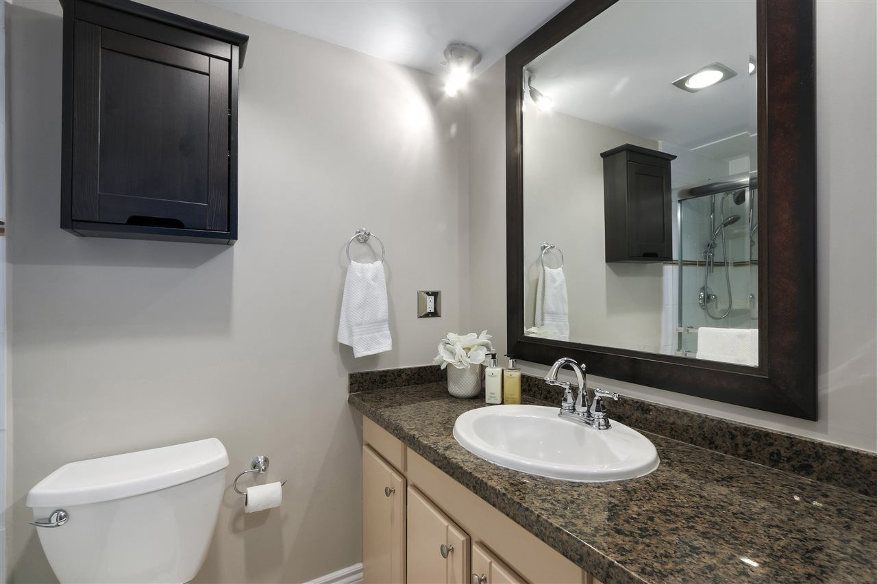 Photo 14: Photos: 215 1235 W 15TH AVENUE in Vancouver: Fairview VW Condo for sale (Vancouver West)  : MLS®# R2404476