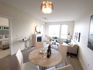 """Photo 3: 201 717 CHESTERFIELD Avenue in North Vancouver: Central Lonsdale Condo for sale in """"The Residences at Queen Mary by Polygon"""" : MLS®# R2491071"""