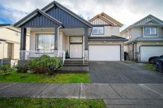 Photo 1: 14628 67A Avenue in Surrey: East Newton House for sale : MLS®# R2523501