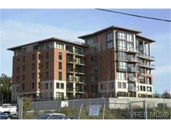 Main Photo:  in VICTORIA: Vi Downtown Condo for sale (Victoria)  : MLS®# 443387