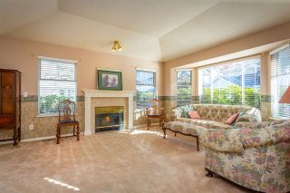 "Photo 5: 13 7955 122 Street in Surrey: West Newton Townhouse for sale in ""Scottsdale Village"" : MLS®# R2511774"