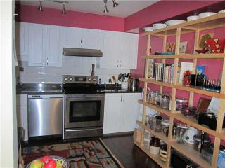 """Photo 4: 23 780 W 15TH Avenue in Vancouver: Fairview VW Townhouse for sale in """"SIXTEEN WILLOWS"""" (Vancouver West)  : MLS®# V1108293"""