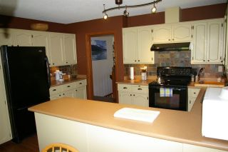 Photo 6: 46853 PORTAGE Avenue in Chilliwack: Chilliwack N Yale-Well House for sale : MLS®# R2279703