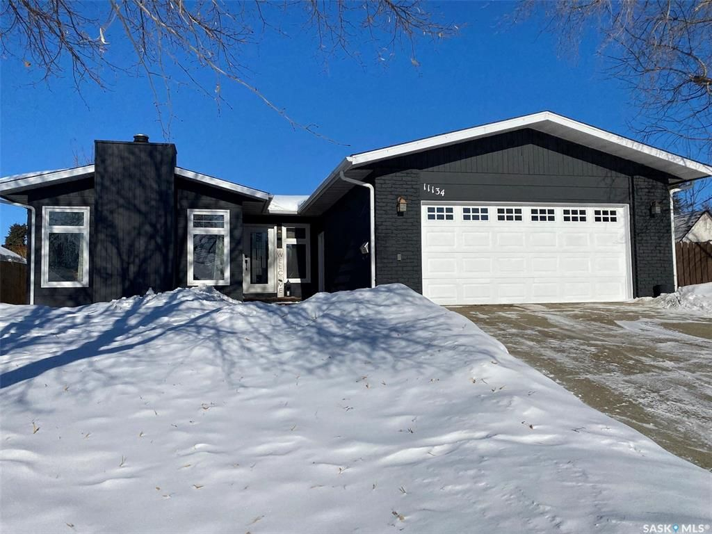 Main Photo: 11134 Dunning Crescent in North Battleford: Centennial Park Residential for sale : MLS®# SK841668