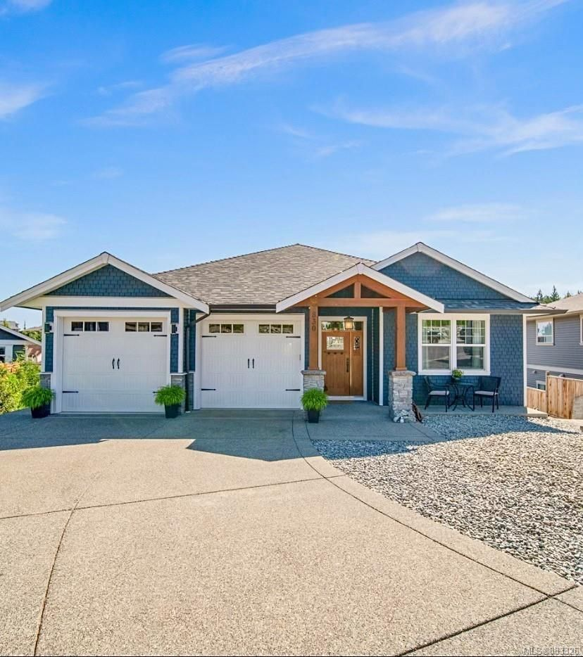 Main Photo: 830 Stirling Dr in : Du Ladysmith House for sale (Duncan)  : MLS®# 883326