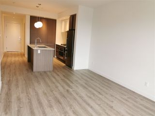 Photo 3: 406 516 FOSTER Avenue in Coquitlam: Coquitlam West Condo for sale : MLS®# R2548490