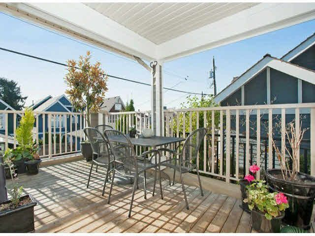 """Photo 18: Photos: 5 235 E 11TH Street in North Vancouver: Central Lonsdale Townhouse for sale in """"Fairview Court"""" : MLS®# V1094152"""
