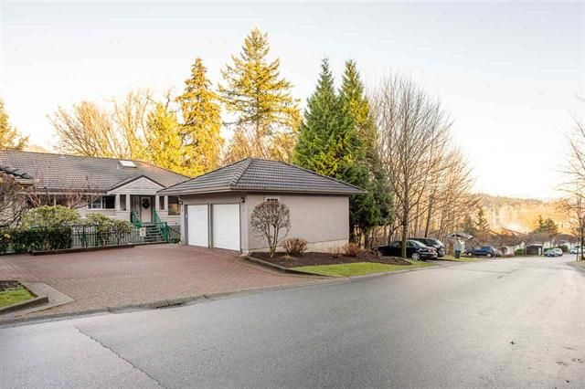 Main Photo: 96 Shoreline Circle in Port Moody: College Park PM Townhouse for sale : MLS®# R2530480