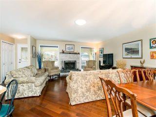 Photo 10: 126 OAKMOOR Place SW in Calgary: Oakridge House for sale : MLS®# C4101337