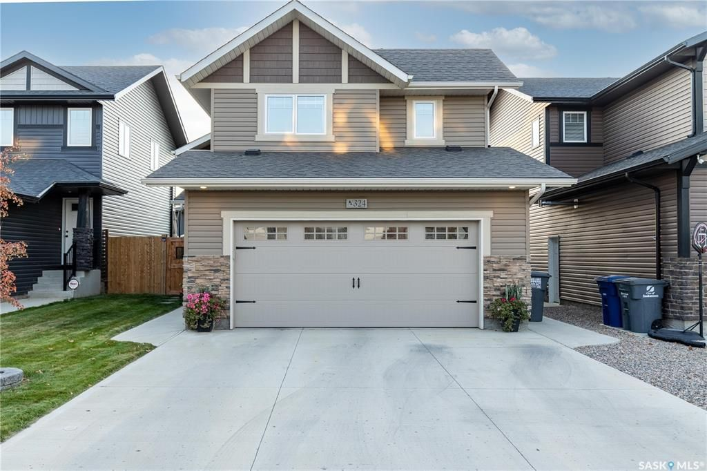 Main Photo: 324 Delainey Manor in Saskatoon: Brighton Residential for sale : MLS®# SK871987