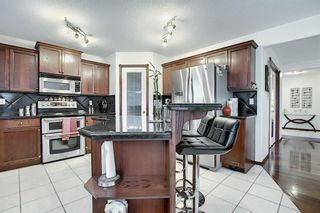 Photo 7: 21 Sherwood Parade NW in Calgary: Sherwood Detached for sale : MLS®# A1123001