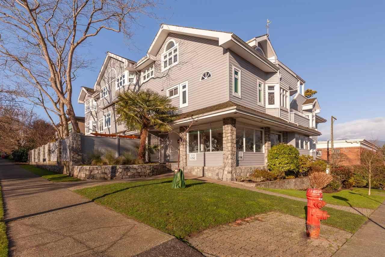 "Photo 39: Photos: 11 1535 VINE Street in Vancouver: Kitsilano Condo for sale in ""Vine Grove"" (Vancouver West)  : MLS®# R2530154"