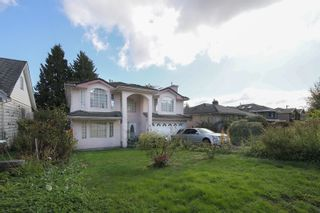 Photo 3: 514 RICHMOND Street in New Westminster: The Heights NW House for sale : MLS®# R2625876