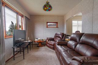 Photo 3: 1971 16th Ave in : CR Campbell River North House for sale (Campbell River)  : MLS®# 869809
