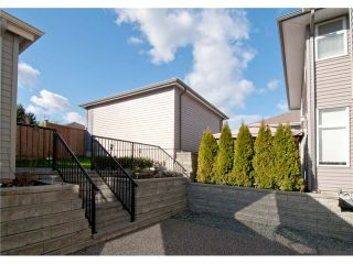 """Photo 9: 11253 CREEKSIDE Street in Maple Ridge: Cottonwood MR House for sale in """"BLUEBERRY HILL"""" : MLS®# V992122"""