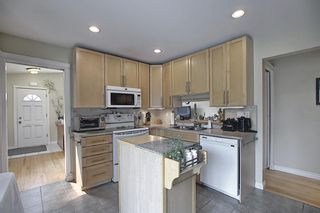 Photo 12: 924 CANNOCK Road SW in Calgary: Canyon Meadows Detached for sale : MLS®# A1135716